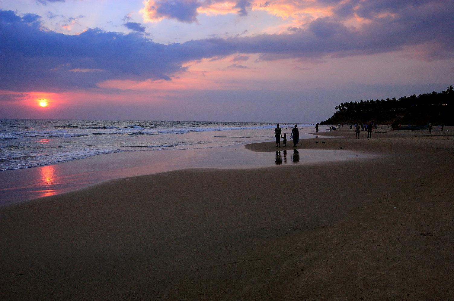 The stunning Varkala beach