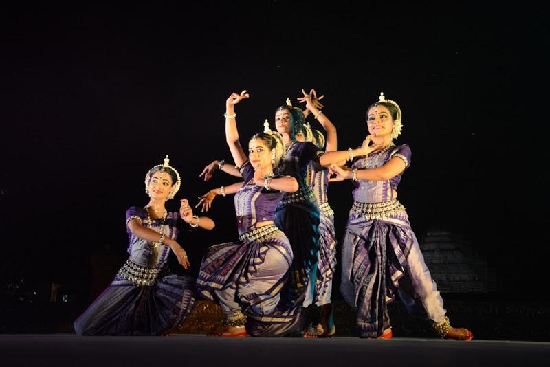 Dancers at Konark festival